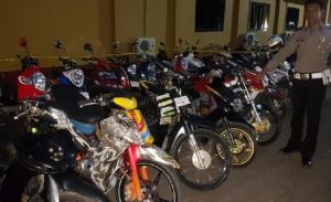 Dipakai untuk Balap Liar, Puluhan Motor Remaja Maros Disita Polisi