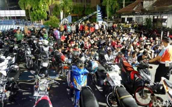 Razia Balap Liar di Kediri, 100 Sepeda Motor Terjaring